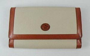 940-slim-zip-clutch-bonebt-1