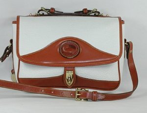 948-R701-shoulder-whitebt-1
