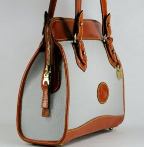 R147 Carpet Shoulder Bag