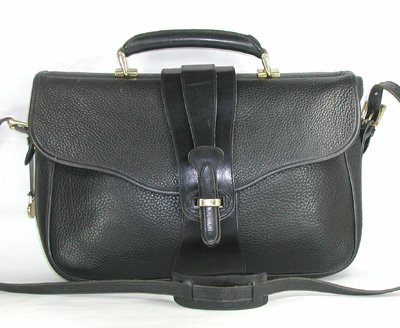 1118-P12-legal-brief-black-1